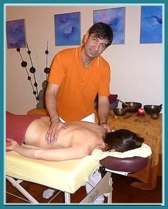 Shiatsu Masseur, Tibetische Klangmassage, Wellness Therapeut